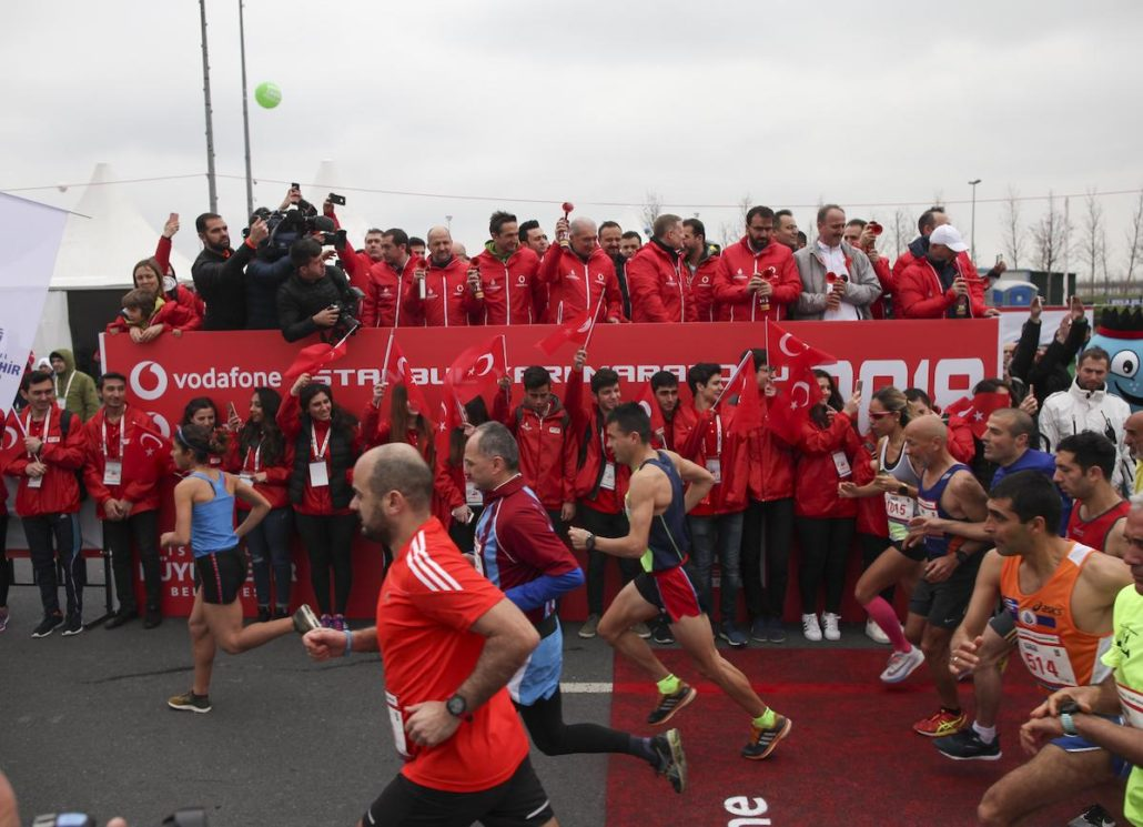 Personalized Photos, digital souvenirs, at the Vodafone Istanbul Half Marathon, video personalization software